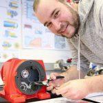 Das Berufsbildungswerk des DIAKOVERE Annastifts bildet junge Menschen mit Handicap in über vierzig Berufen aus