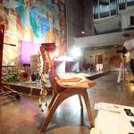 Fotografie am Set für das Kunstprojekt SCHOENERHEIT von Julia Krahn, Mailand