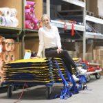 Arbeit macht Spaß – Businessaufnahmen bei der B. u. W. Schmidt GmbH, einem Entwickler von Kunststofferzeugnissen für das Kranken- und Rettungswesen.